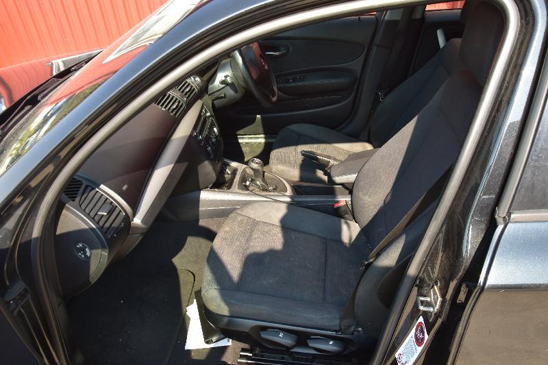 BMW 1 (E87) Galinės kairės durys N/A 3870227