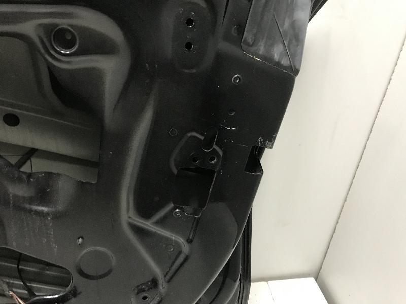 BMW 6 Gran Coupe (F06) Priekinės dešinės durys 4321057
