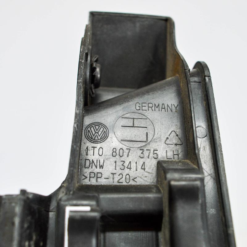 VW TOURAN (1T1, 1T2) Galinio bamperio kairys laikiklis 1T0807375 2782929