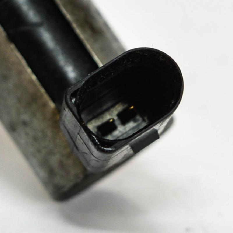 SKODA FABIA (542) Kitos variklio skyriaus detalės 03C906455A 2849136
