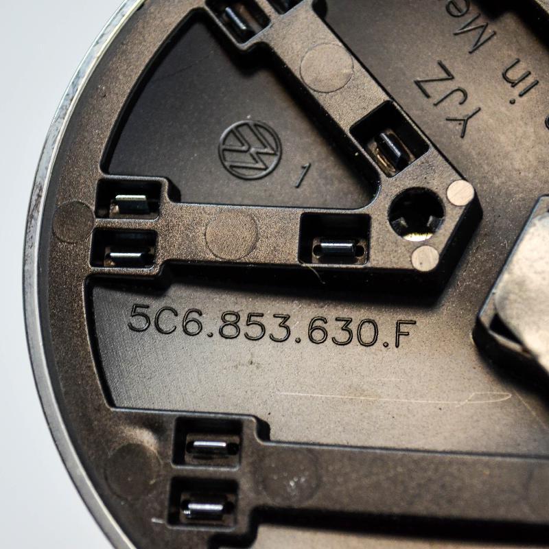 VW JETTA VI (162, 163) Galinio dangčio ženkliukas 5C6853630F 3457683