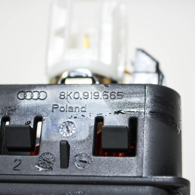 AUDI A4 (8K2, B8) Kiti valdymo blokai 8K0919565 3462150