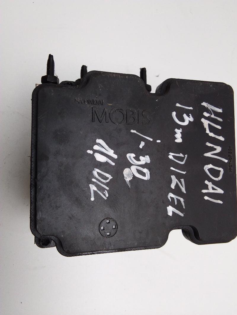 HYUNDAI i30 CW (GD) ABS Block A6589-20500 58920-A6210 MOBIS 3672160