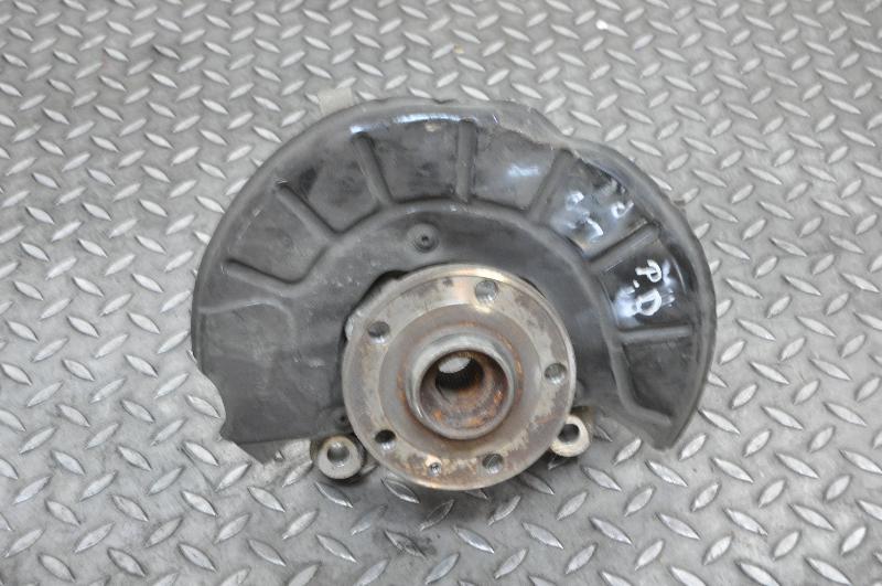 VW PASSAT Variant (365, B7) Priekinė dešinė stebulė 1522889