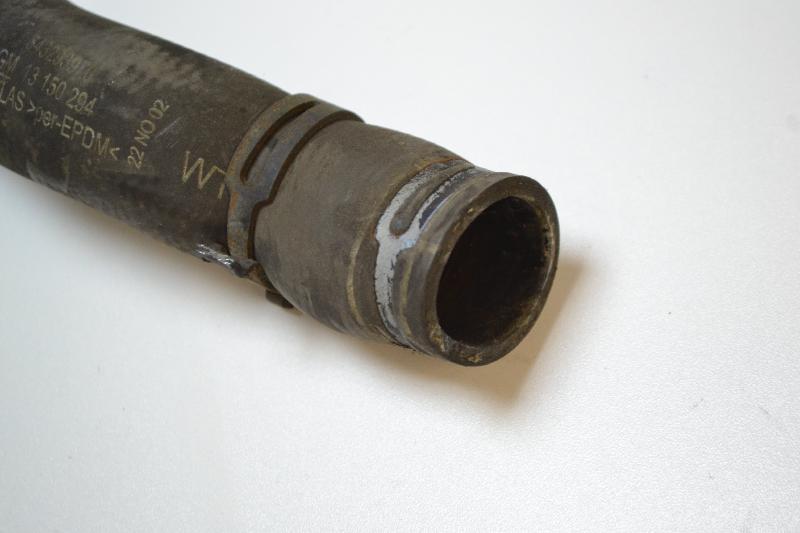 OPEL ASTRA H (L48) Kairė vandens radiatoriaus šlanga 13150294 2273802