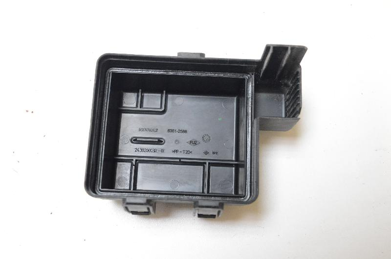 Renault Grand Scenic Iii  Jz0  1   Fuse Box 243820003r
