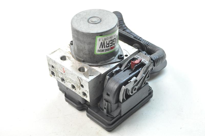HYUNDAI i30 CW (GD) ABS blokas A6589-30600 3303156