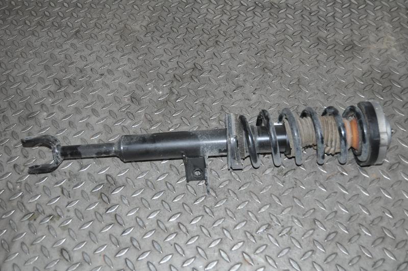 BMW 6 Convertible (F12) Priekinis dešinys amortizatorius 3638133