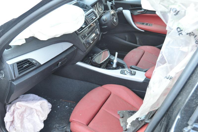BMW 1 (F20) Galinės kairės durys 3892601