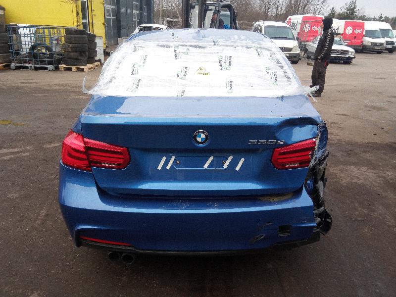 BMW 3 (F30, F80) Galinio bamperio Dešinės pusės atšvaitas 7847166 4948325
