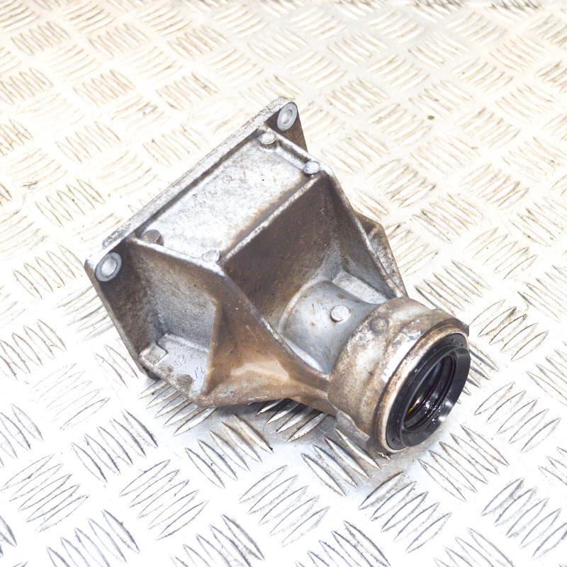 BMW 3 (F30, F80) Kitos variklio skyriaus detalės 7601996 4250158