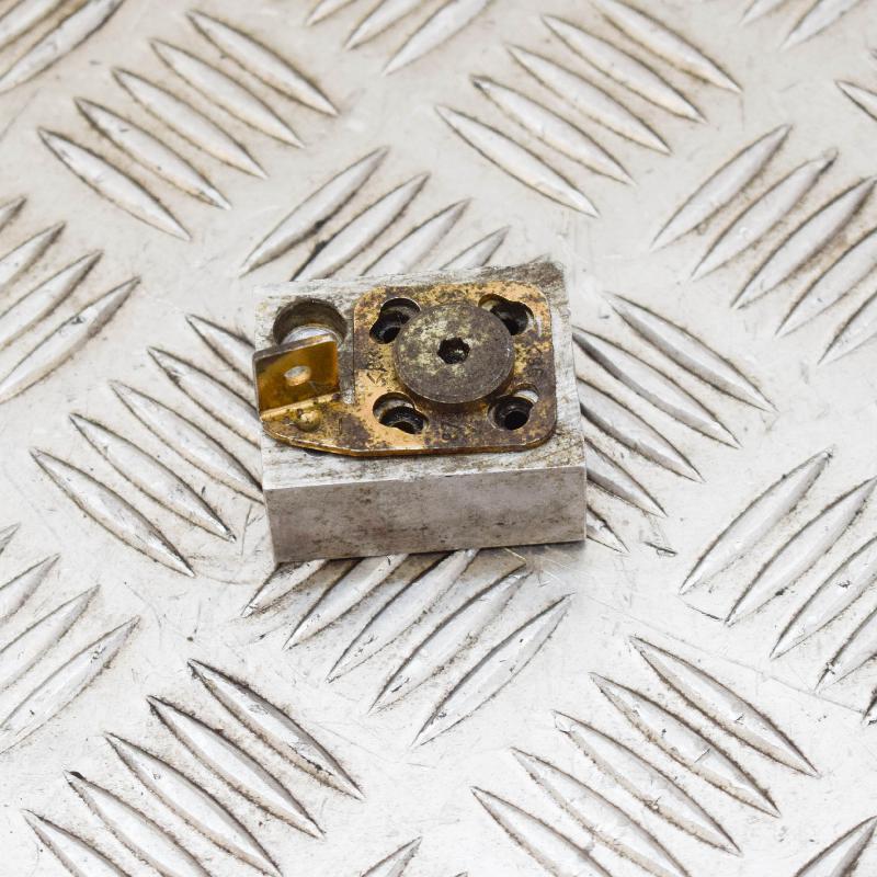 MERCEDES-BENZ SL (R129) Kitos kėbulo detalės A1298000722 4292237