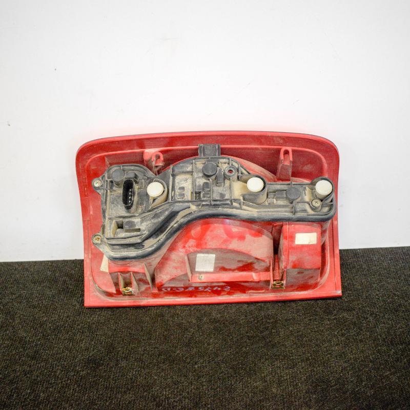 VW AMAROK (2H_, S1B) Galinis dešinys žibintas N/A 4298869