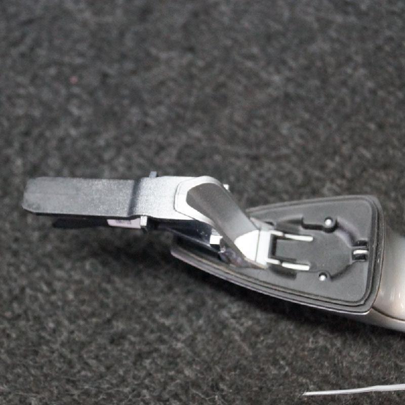 BMW 2 Active Tourer (F45) Galinių kairių durų išorinė rankenėlė N/A 2088336