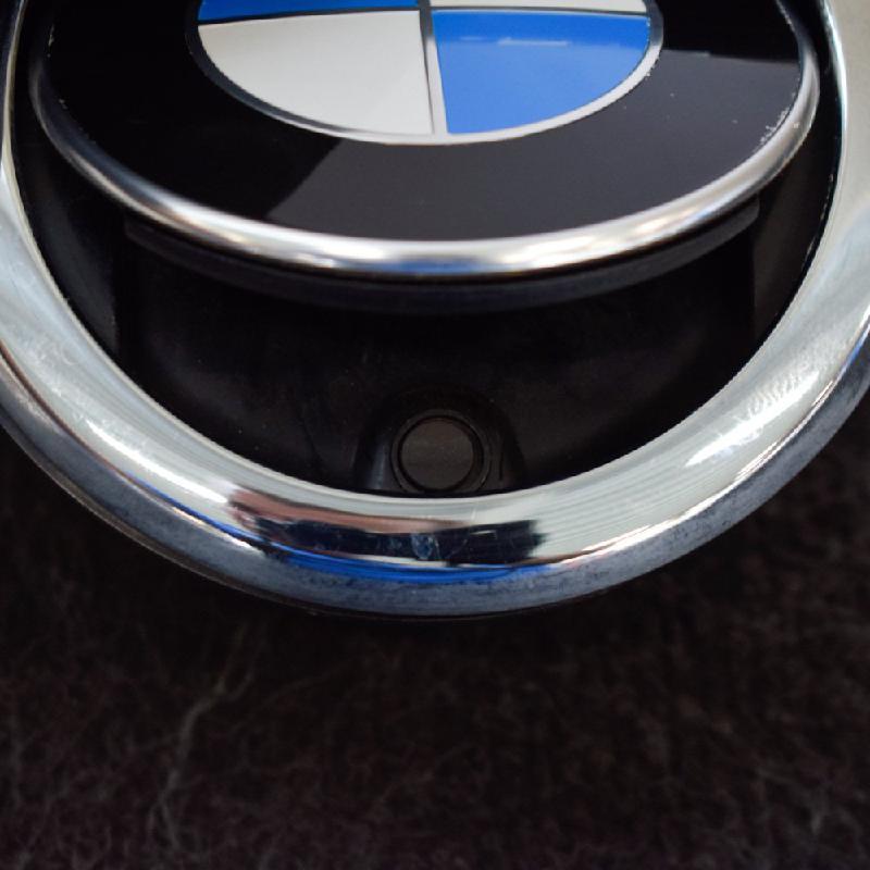 BMW 1 (F20) Galinio dangčio ženkliukas 7270728 3211157