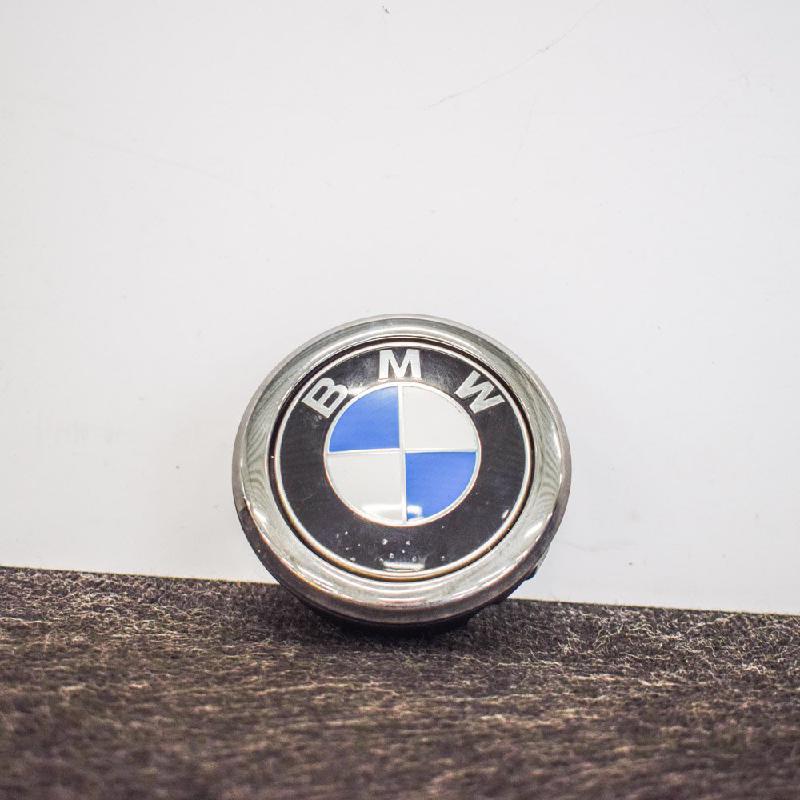 BMW 1 (F20) Galinio dangčio ženkliukas 7270728 3264198