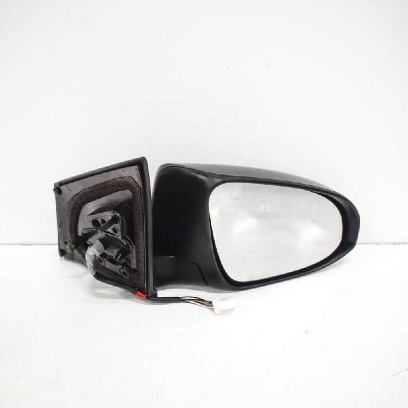 Зеркало правое Toyota Auris 2 E11026983