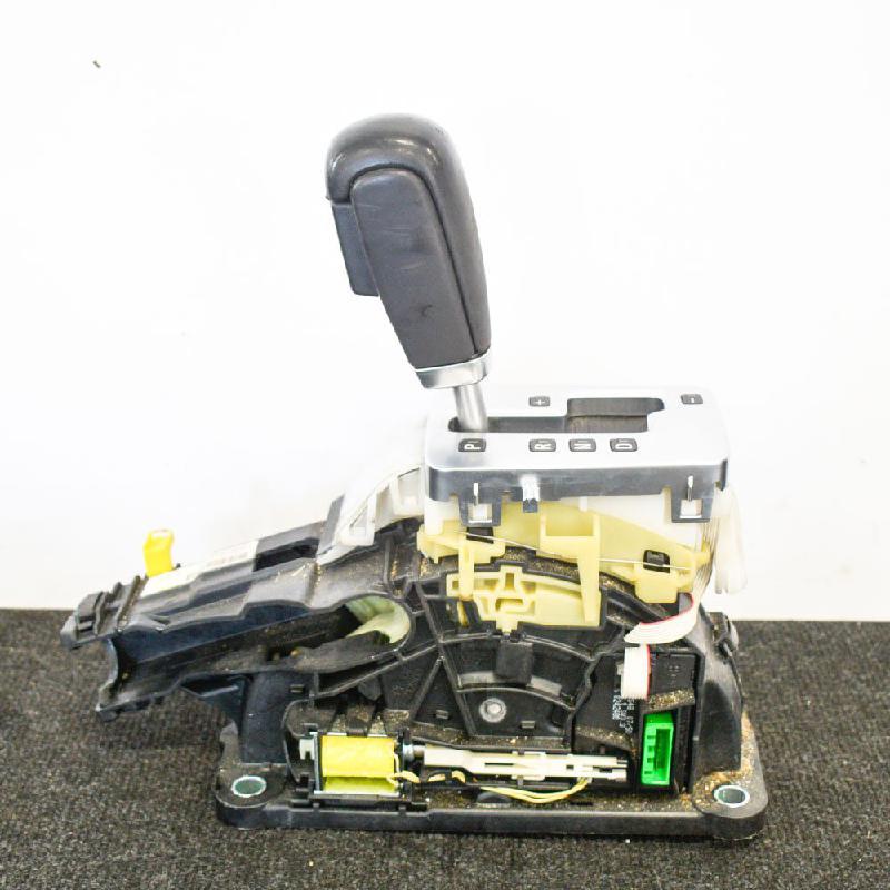 VOLVO V70 III (BW) Bėgių perjungimo mechanizmas 30759121 3684229