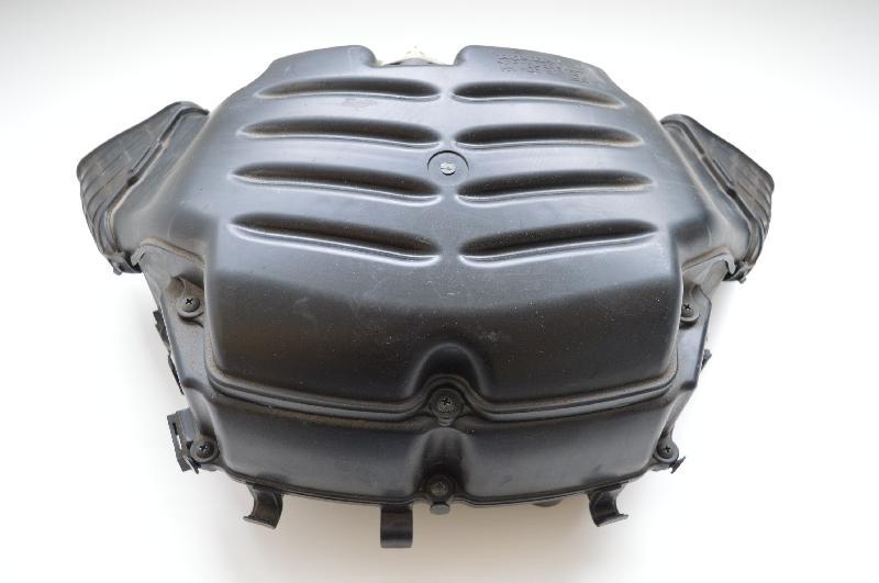 HONDA VFR Oro filtro dėžė PP-MD30 1567917
