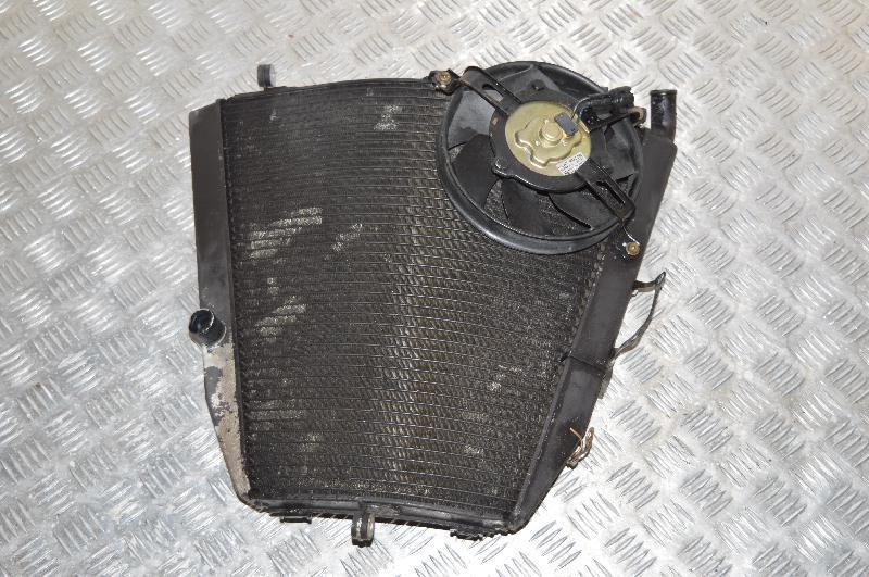 HONDA CBR Aušinimo radiatorius 1625971