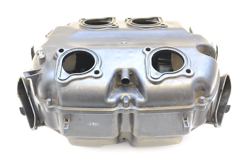 HONDA VFR Oro filtro dėžė 2273641