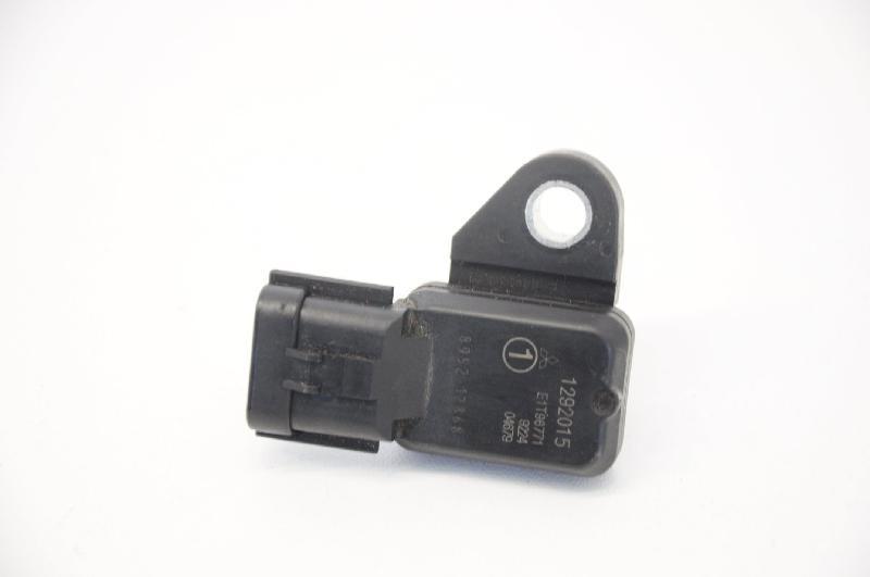 2011 1292015 986ML2 Triumph Speedmaster Luftsensor