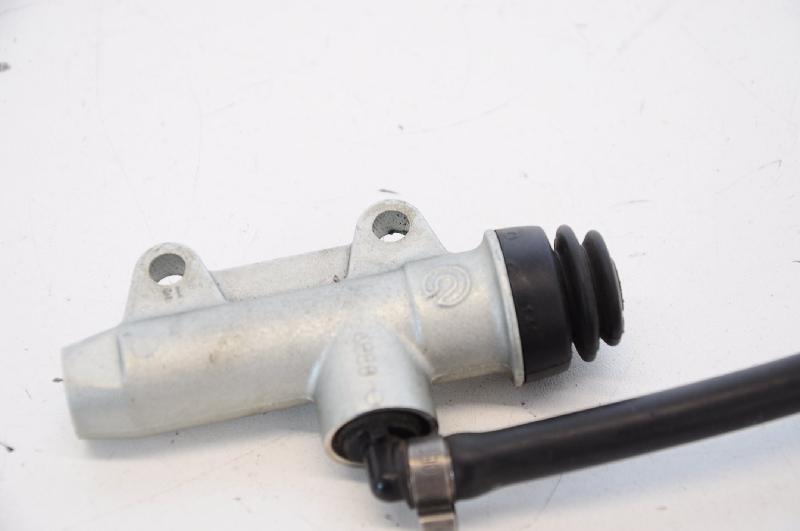 BMW R 1200 stabdžių cilindriukas 4098196