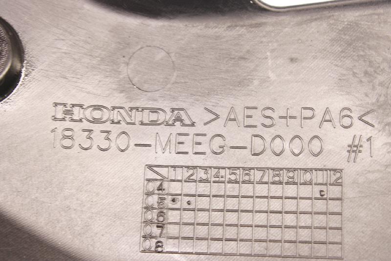 HONDA CBR plastikas 18330-MEEG-D000 4216934