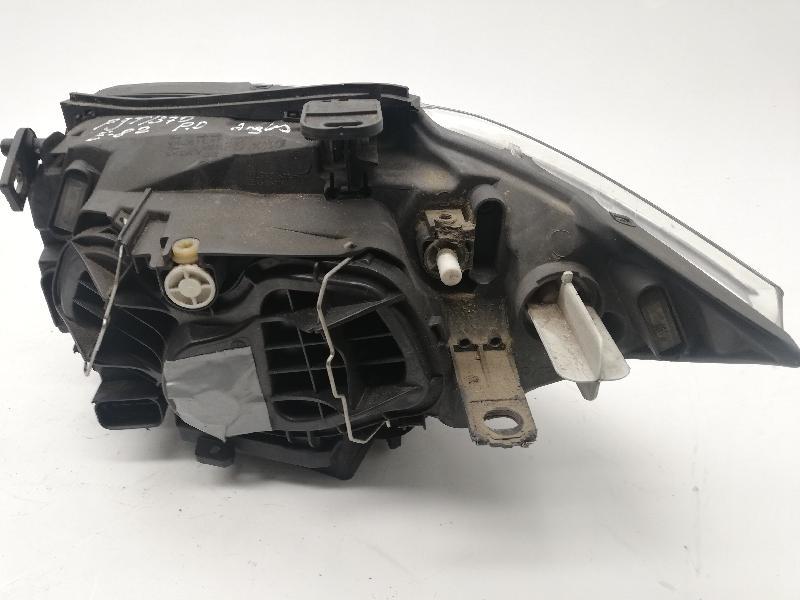 BMW 1 Coupe (E82) Priekinis dešinys žibintas 7193390 4704565