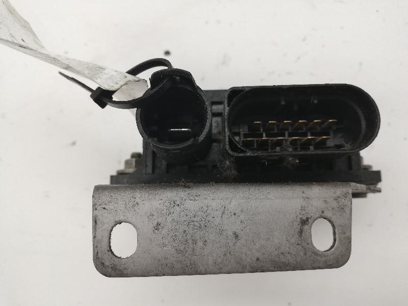 BMW 5 (E60) Žvakių pakaitinimo rėlė 7798000 2599152