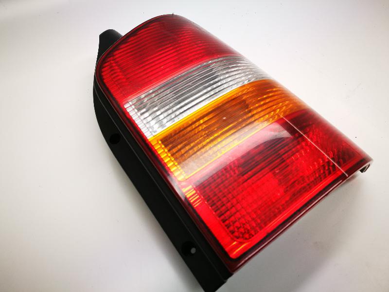 VW MULTIVAN V (7HM, 7HN, 7HF, 7EF, 7EM, 7EN, T5) Galinis dešinys žibintas 7H0945258A7H0945096 3781260
