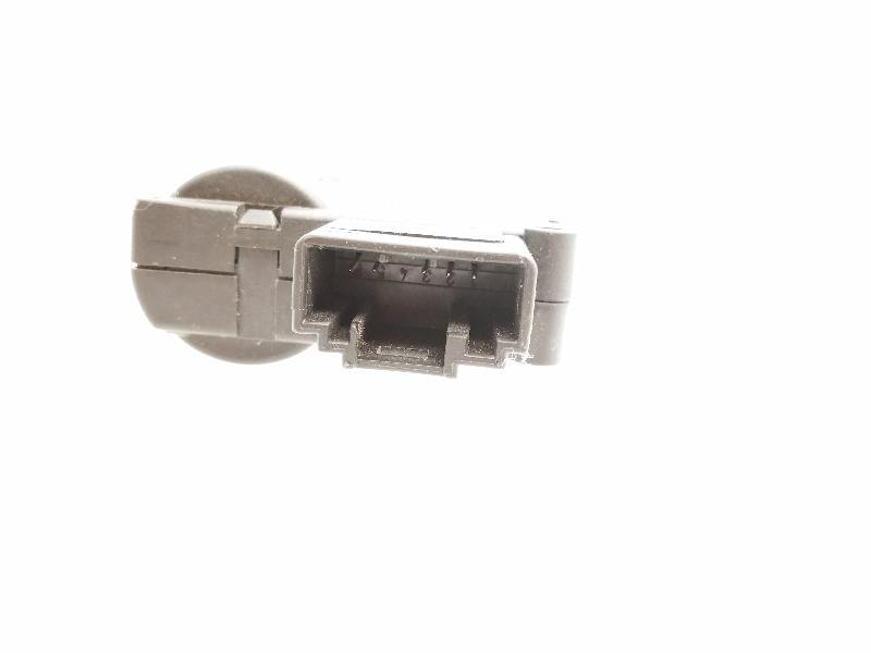 AUDI A6 Avant (4F5, C6) Salono pečiuko valdymo vožtuvai 4F0820511A 4062012