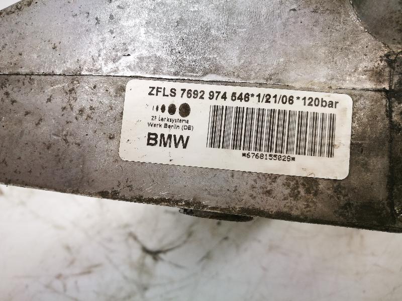 BMW 1 (E87) Vairo stiprintuvo siurblys ZFLS7692974546 4078243